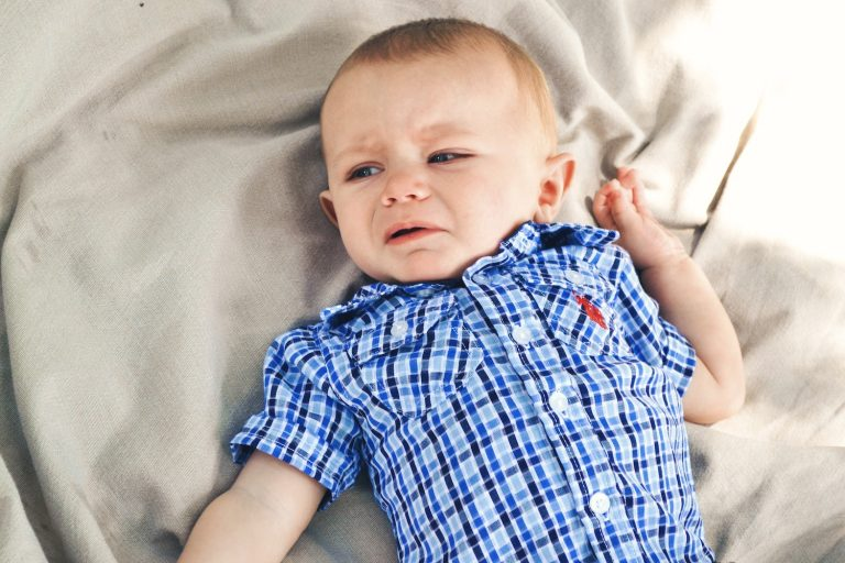 unhappy little boy - Sleep Solutions Unlimited